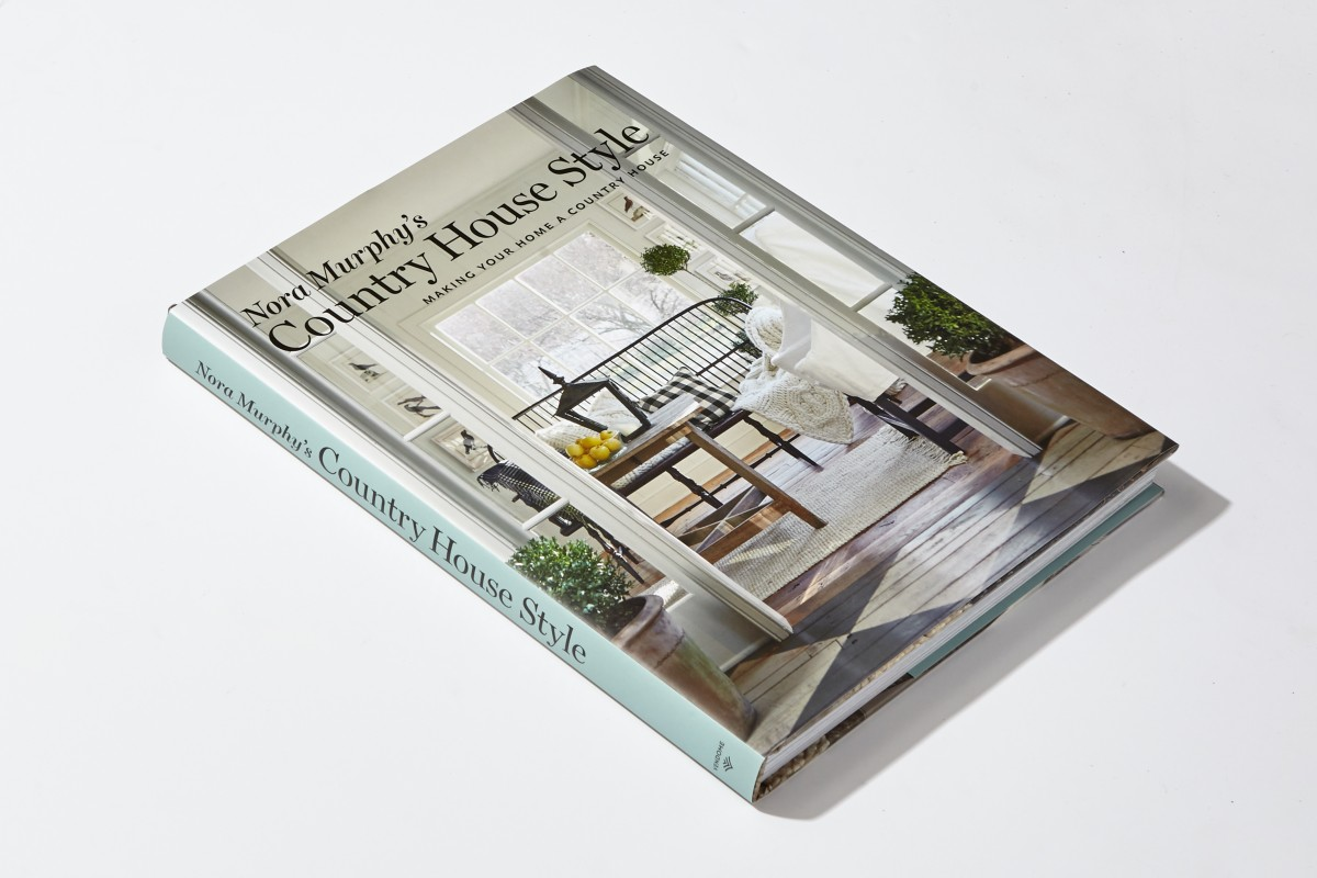 Nora Murphy's Country House Style: Making Your Home a Country House by Nora Murphy. Vendome Press, 2018.